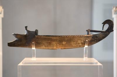 Находки археологов в древнем порту Саламина в Греции